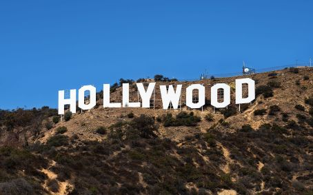 1280px-hollywood_sign_zuschnitt