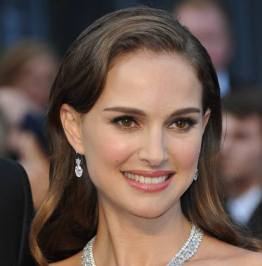 natalie_portman3-482x490_q71_crop-smart